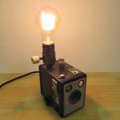 Kodak brownie flash II camera. bureaulamp edison door RetrofreshWM