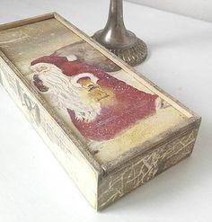 tinuszDecorArt / Vianočná krabička s ozdôbkami na stromček