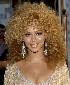 Beyonce with a blonde poodle 'do! #beyonce #hair