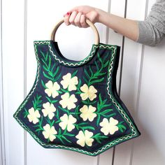 Handmade CUTE Eco Friendly Organic Cotton Tote Bag Handembrodery Shopping Bag with Wood Handels