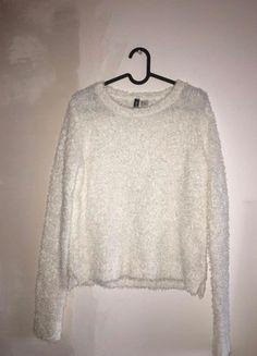 Kup mój przedmiot na #vintedpl http://www.vinted.pl/damska-odziez/swetry-z-dlugim-rekawem/20900008-bialy-sweterek-hm-rozmiar-s