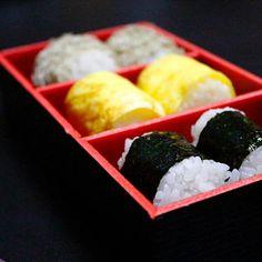 小腹が空いた時は、こたえられません - 76件のもぐもぐ - おにぎり by hiroshikimDeU