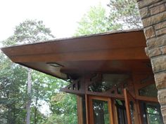 Life at 55 mph: Seth Peterson Cottage by Frank Lloyd Wright in Lake Delton, Wisconsin (click here for more info)