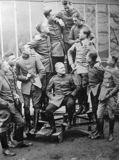 WW1. Manfred von Richthofen's Flying Circus. ( The Red Baron)