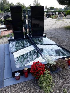 Nero combined with Verde Laponia and stainless Steel cross Cemetery Decorations, Cemetery Monuments, Funeral, Stainless Steel, Flowers, Photography, Design, Ideas, Art