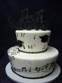 Perfect graduation cake! Getting this!