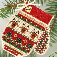 Warm & Wooly (beaded kit) - Perfect  for on Christmas gifts too!