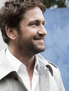 Even his nose is cute! Gerard Butler