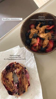 Blueberry Bagel, Strawberry Breakfast, Grape Jelly, Plant Based, Peanut Butter, Vegan, Chicken, Food, Grape Jam