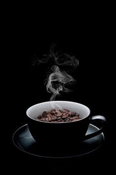 coffee wallpaper The original by Bony Nguyen, via - coffee Coffee Shot, I Love Coffee, Coffee Cafe, My Coffee, Coffee Beans, Bunn Coffee, White Coffee, Coffee Shop Photography, Food Photography