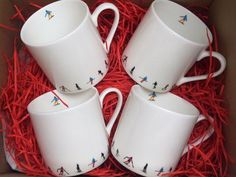 Serve your morning or afternoon coffee-shots with this 4 piece Ski Chain Espresso Cup Gift Set! Perfect for sharpening your senses for a day off-piste, this pristine Powderhound coffeeware is the stylish way to serve a stimulating espresso. Coffee Shot, Birthday Cup, Black Luxury, Espresso Cups Set, White Porcelain, Bone China, Cup And Saucer, Skiing, Shots