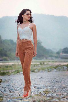 Bollywood Outfits, Bollywood Actress Hot Photos, Indian Bollywood Actress, Bollywood Celebrities, Bollywood Fashion, Indian Actresses, Stylish Photo Pose, Stylish Girls Photos, Most Beautiful Indian Actress