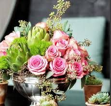 Wisteria Laneofferscomprehensivewedding flowers and floral arrangement services to make your wedding unforgettable. Ask for your complimentaryevent consultation.