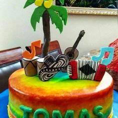 Para encargos 04265952040  #tortasmaturin #torta #Cake #cakecolombia #colombia #birthdaycake #maturín #maturin #tortavallenata #vallenato #acordeon #musica #arte #fondant #fondantart #fondancake #colores #tomas #palmeras #guitarra #pastel #encargo #pedido #mywork  #trabajo #regcakes Colombia Travel, Ideas Para Fiestas, I Party, Cake Decorating, Birthday, Music, Ideas Party, Birthdays, Birth Day