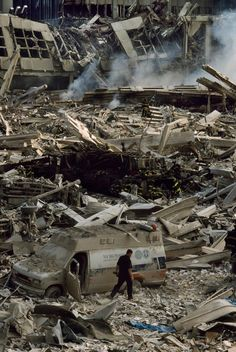September 11, 2001 | Steve McCurry 9-11 (we relive this like our parents always relived Pearl Harbor. - p.mc.n.)