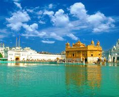 Amritsar, India - Golden Temple https://www.liviamoraes.com.br https://www.facebook.com/ouiliviamoraes  - Explore the World with Travel Nerd Nici, one Country at a Time. http://TravelNerdNici.com