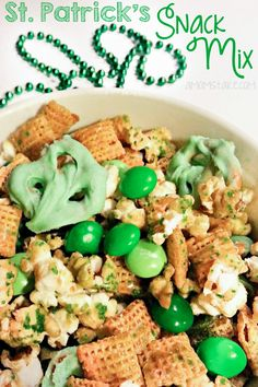 St. Patricks Day Snack Mix #StPatty