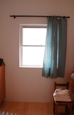 Lounge, Linnet, Window Styles, Linen Curtains, Home Appliances, Windows, The Originals, Interior, Home Decor