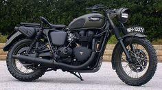 Custom Triumph Bonneville by Drags & Racing