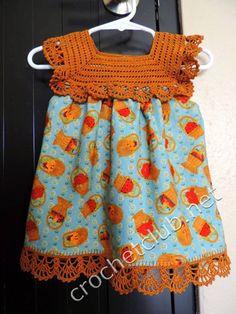 Discover thousands of images about Crochet top dress. For the babies? Crochet Yoke, Crochet Fabric, Crochet Collar, Crochet Edgings, Woven Fabric, Baby Girl Crochet, Crochet Baby Clothes, Crochet For Kids, Crochet Dresses