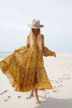 Floral Maxi Dress, Chiffon Dress, Free People Maxi Dress, Print Chiffon, Boho Chic, Boho Style, Casual Dresses, Maxi Dresses, Corset Dresses