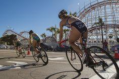 2013 ITU World Triathlon Series - San Diego The leaders pass by Mission Beach's famous Belmont Park.