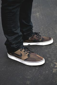 Camo Stefan Janoski's. #sneakers