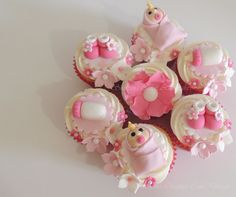 50-Baby-Shower-Cupcake-Cakes-in-Unique-Shape-51.jpg 570×478 pixels