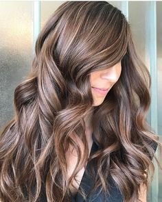 Trendy Hair Color & Balayage : brunette with blonde highlights… Brunette With Blonde Highlights, Balayage Brunette, Balayage Highlights, Brunette Hair, Balayage Hair, Blonde Curls, Curls Hair, Color Highlights, Blonde Color