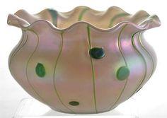 Large-Bohemian-Kralik-Art-Nouveau-Vase-with-Irridescent-Green-Spots-Lines-18cm