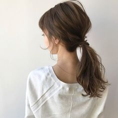 The degree of fashion improves with a little effort ♡ Survive with a ponytail … - Modern Work Hairstyles, Ponytail Hairstyles, Wedding Hairstyles, Asian Brown Hair, Ulzzang Hair, Crimson Hair, Hair Arrange, Hair Transplant, Hair Type
