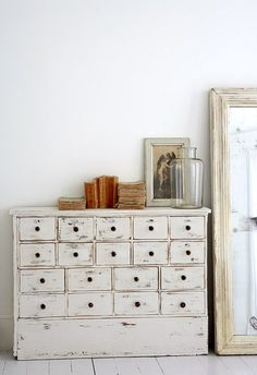Love the white wash rustic style of these drawers