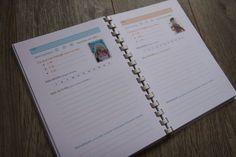 Mon carnet de nounou personnalisé à télécharger : infos sur l'enfant, sa famille, sa nounou, fiches quotidiennes (repas, activités, remarques....) La Baleine Bleue