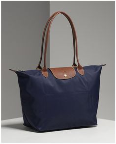 Longchamp Le Pliage in Navy (Medium)