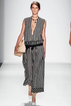 Zimmermann Spring 2014 Ready-to-Wear Collection Slideshow on Style.com