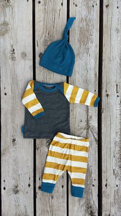 Newborn Coming Home Outfit, Mustard Stripe, Shirt, Pants, and Matching Knot Hat, Baby Boy, Size Newborn, 0-3 Mos, 3-6 Mos