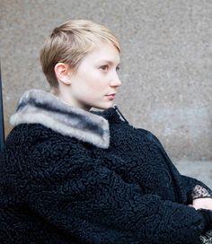 Restless / Mia Wasikowska