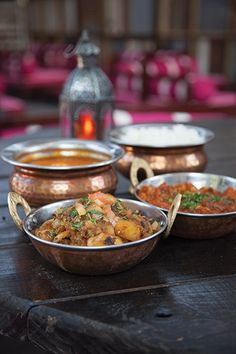 Dining Spotlight: Crown Jewel - Austin Monthly - August 2014 - Austin, TX | G'Raj Mahal's brick-and-mortar space wows, just like its Indian fare.