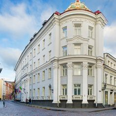This beautiful hotel is located between Tallinn's Town Hall and Vabaduse Square. Completely renovated in My City Hotel is a fresh lodging option, set in the heart of Tallinn's Old Town. Appartments For Rent, Hotel Packages, Beautiful Hotels, Stay The Night, Town Hall, Shopping Center, Hostel, Helsinki, Lodges
