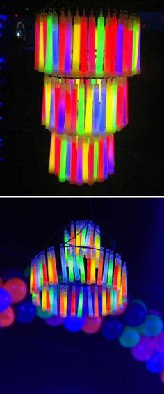 Glow-Sticks-Ideas-for-Kids-Parties-HDI-12_1