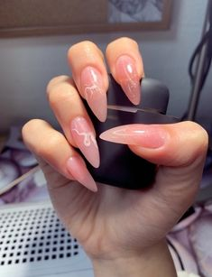 Cute Nail Colors For Fall Winter Almond Acrylic Nails, Almond Shape Nails, Summer Acrylic Nails, Best Acrylic Nails, Long Almond Nails, Summer Nails, Minimalist Nails, Nail Swag, Hippie Nails