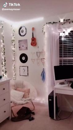 Cute Bedroom Decor, Room Design Bedroom, Room Ideas Bedroom, Teen Bedroom, Modern Bedroom, Aesthetic Bedroom, Dream Rooms, Cool Rooms, My New Room