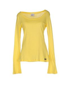 PINKO T-Shirt. #pinko #cloth #dress #top #skirt #pant #coat #jacket #jecket #beachwear #