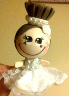 fofuchas broche,fofubroches,fofuchas niñas,goma eva,foami,muñecas goma eva,muñecas foami,regalos para bodas,detalles bodas