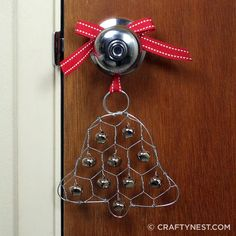 Chicken Wire Jingle Bell Ornament - This Christmas ornament craft is sure to make some noise! Upcycle a small piece of chicken wire for this craft. Christmas Bells, Rustic Christmas, Christmas Time, Christmas Decorations, Christmas Ornaments, Outdoor Christmas, Office Christmas Gifts, Christmas Projects, Chicken Wire Crafts