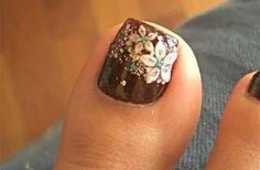 Today, we are going to share with you some of the best toe nail art for Christmas. These awesome designed nails will make you crazy and you will definitely will like to have on Christmas Eve . Fall Pedicure, Pedicure Colors, Pedicure Designs, Toe Nail Designs, Pedicure Nails, Nail Polish Designs, Pedicures, Pedicure Ideas, Nails Design