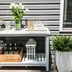 Learn how to create an outdoor entertainment bar using a Wagner paint sprayer