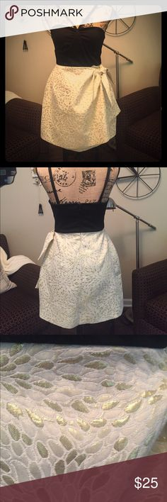 3 for $25 thru 7/22 Such a cute dress with a brocade gold and cream bottom! Love the neckline! Bought at a KC boutique! Worn once on NYE! Dresses Midi