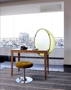 Milano: un attico chic fra antico e contemporaneo - Design news - GraziaCasa. Milan City, Room Of One's Own, Penthouse Apartment, Chicano, Brian Barry, Flooring, Mirror, Retro, Chair