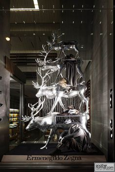 ♂ Commercial design Retail visual merchandising ermenegildozegna Ermenegildo Zegna Holiday 2011 Window Display